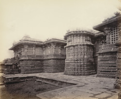 Views in Mysore. Ruined temple of Hallabeed [Hoysalesvara Temple, Halebid]. A portion of east face